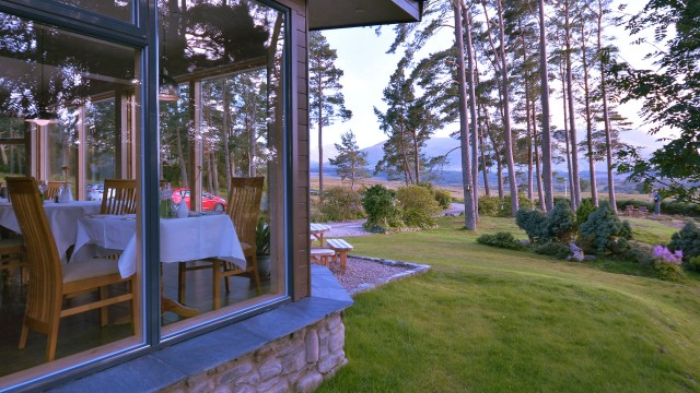 The restaurant at your Spean Bridge hotel serves organic home-cooked food