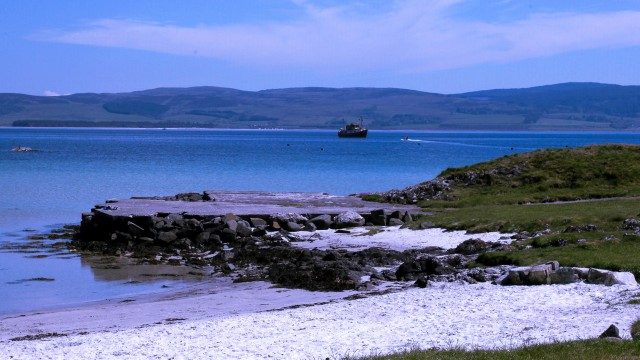 The beautiful island of Iona has some stunning sandy beaches