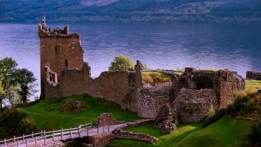 Urquhart Castle by Loch Ness