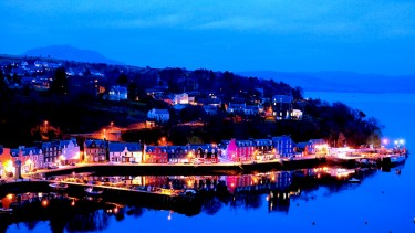 Evening lights in Tobermory
