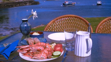 Seafood by the loch