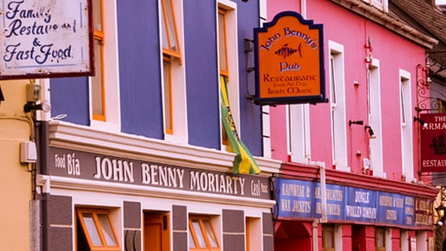 Dingle boasts colourful streets