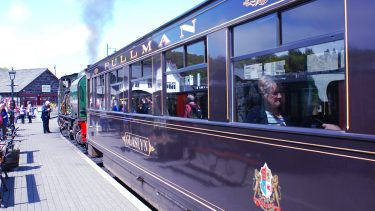 Travel first class in a famous Pullman carriage
